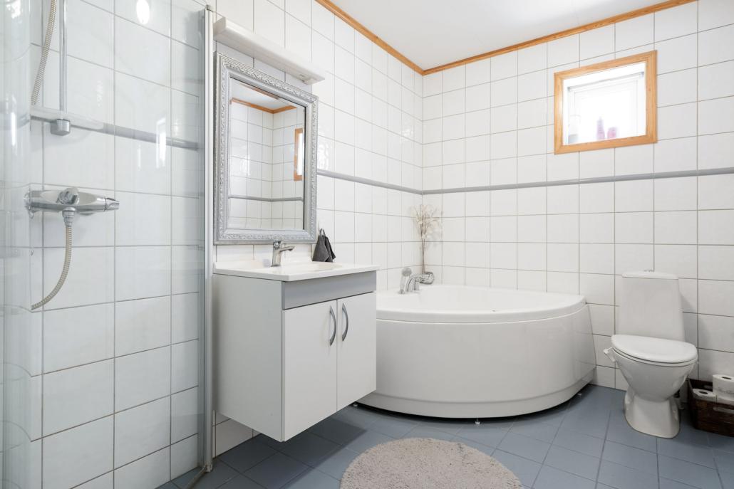 Bad i Størens vei 3